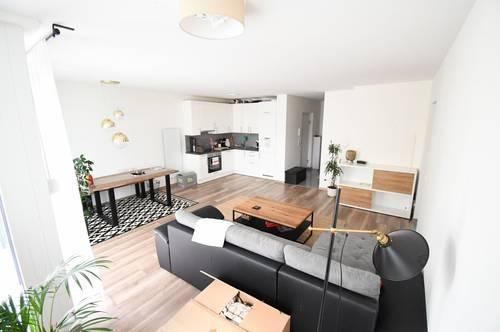 Optimal aufgeteilte 3 - Zimmer WHG inkl. EWE Küche & Stellplatz