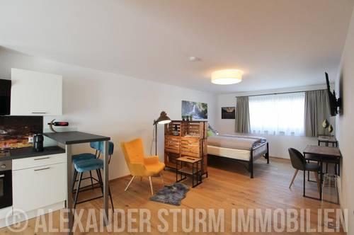 Möbliertes Design-Apartment mit Balkon