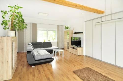 Penthouse lifestyle mit tollem Fernblick ins Grüne und Doppelgarage!