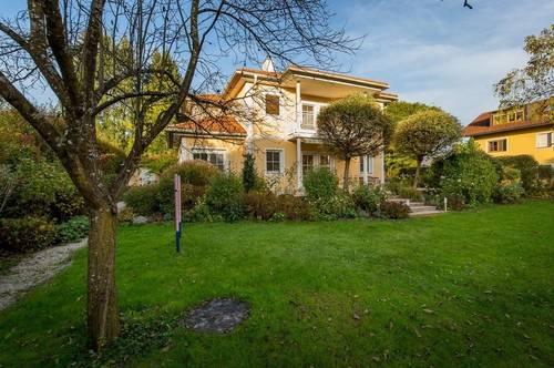 HALLWANG | Großes Familienhaus mit Garten in ruhiger Lage