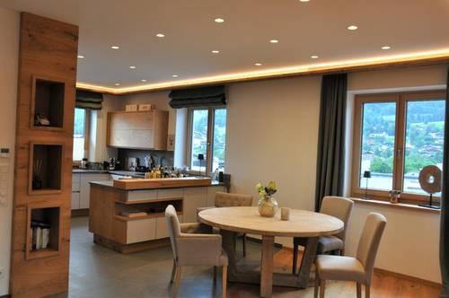 Luxus Wohntraum auf 2 Ebenen im Zentrum von Kitzbühel