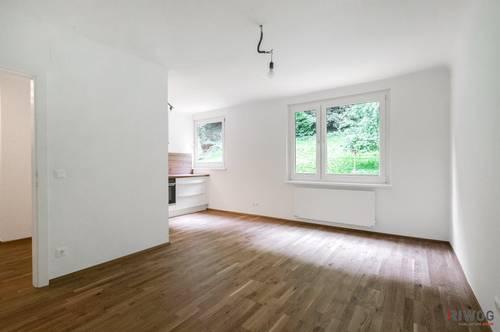 PROVISIONSFREI - Erstbezug nach Sanierung - Ruhige 2-Zimmer Wohnung mit Blick ins Grüne - Vollausgestattete Küche