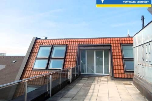 <b>Attraktive 3-Zimmer - Wohnung mit Dachterrasse und Lift im Zentrum - zu vermieten</b>