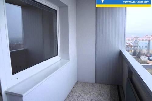 <b>4 Zimmer, helle Mietwohnung mit Lift</b>