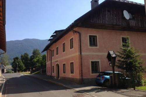 ZU VERGEBEN: 3-Zimmermietwohnung im 1. Obergeschoss mit Balkon