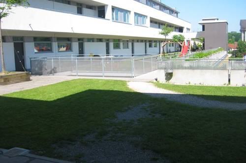 WOHLFÜHLEN! Geförderte 3-Zimmerwohnung in Oberndorf mit Tiefgaragenplatz! Mit hoher Wohnbeihlife oder Mietzinsminderung
