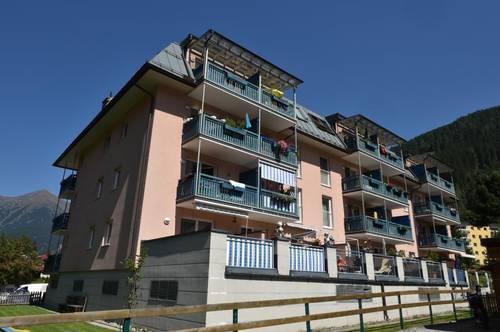 ANGEKOMMEN! GEFÖRDERTE 2-Zimmer Dachgeschoßwohnung mit Balkon und Tiefgaragenplatz! Mit hoher Wohnbeihilfe oder Mietzinsminderung