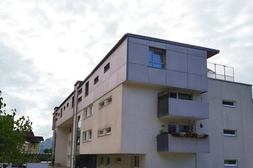Bezaubernde 4-Zimmer Erdgeschossswohnung zu vermieten!