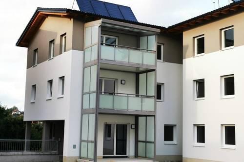 Tolle Neubauwohnung 4 Räume, Lift, Balkon, Tiefgarage