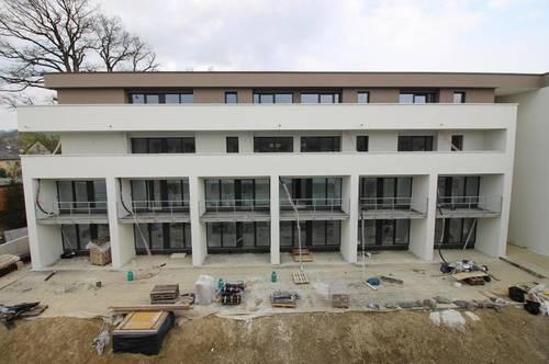ERSTBEZUG - hochwertige Maisionette Mietwohnung mit Balkon/Eigengarten