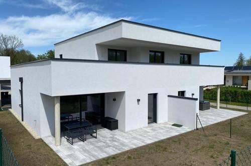 ERSTBEZUG - 4-Zimmer Dachterrassenwohnung mit Carport und Freistellplatz
