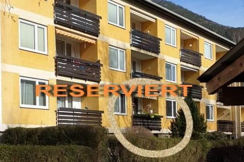 *** RESERVIERT *** ruhige Wohnung neben Schlosspark