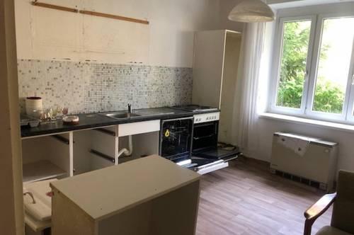 Eisenstadt - Zentrumsnähe! renovierungsbedürftige 77m² Wohnung mit gutem Grundriss!