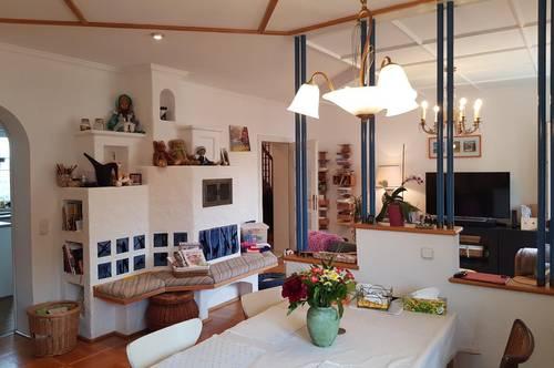 Großzügiges Wohnen mit ausgebautem Dachboden Top 8