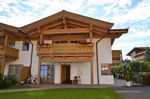 Moderne Doppelhaushälfte in sonniger Panoramalage von Going