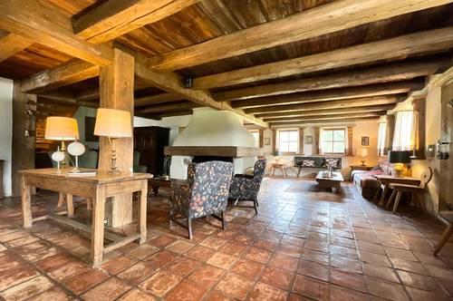 Back to the Roots - Uriges Landhaus in Bestlage von Aurach