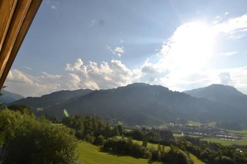 Charmante Maisonette in sonniger und spektakulärer Panoramalage von Kitzbühel