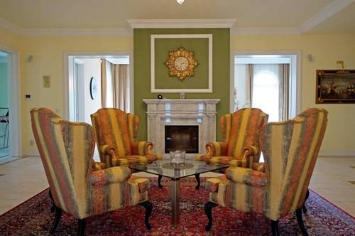 Extravagante Villa mit besonderem Charme ( 800624 )