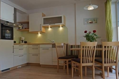 Familienfreundliche 3-Zimmer Wohnung ( 02031 )