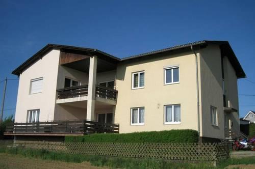 Schöne Wohnung - große Terrasse - Garten