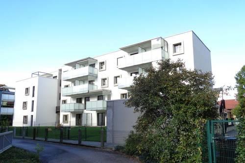 Neuwertige, sonnige 2-Zi.-Wohnung mit Untersbergblick und TG-Abstellplatz in Altmaxglan