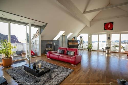 !!! ZWEITWOHNSITZ MÖGLICH !!! - STYLE UP YOUR LIFE - KAUF NEUMARKT A. WALLERSEE: 155 m² 4-Zimmer-DG-PENTHAUS WOHNUNG mit 16 m² Süd- UND 13 m² West-Balkon