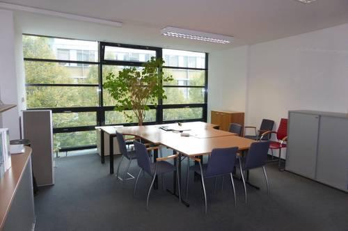 MIETE Salzburg-Stadt: 73 m² Büro/Praxis/Ausstellungs-/Gewerbefläche - RIEDENBURG - Rainbergstraße 3a - Top 6c