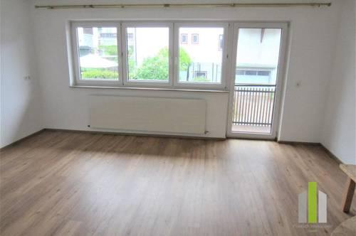 Schöne 3 Zi.-Wohnung mit Balkon