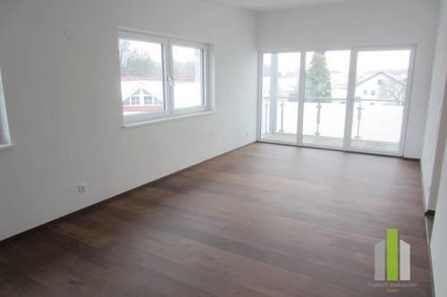 Neuwertige 2 Zi.-Wohnung mit Balkon