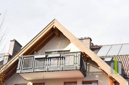 Traumhafte DG-Wohnung mit Balkon und TG-Stellplatz
