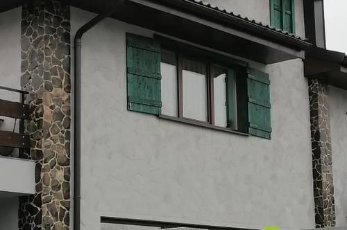 Außergewöhnliches Haus mit 3 Wohnungen
