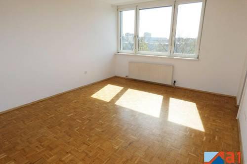Gut aufgeteilte 2- Zimmerwohnung mit neuer Küche!