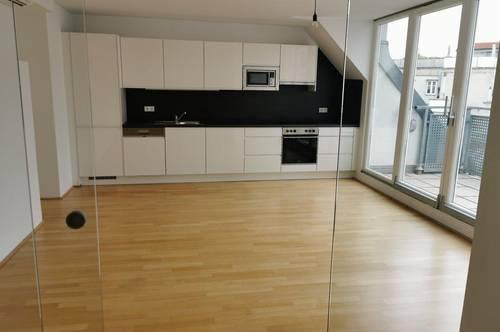 UNBEFRISTET - Lichtdurchflutete und moderne 5-Zimmer Maisonette Wohnung mit Galerie und 2 Terrassen am Spittelauer Platz