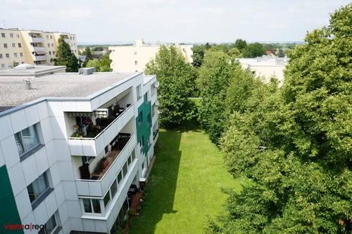 helle DG-Wohnung mit modernem Grundriss und Grünblick