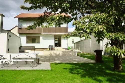 Grünblick: sonniges Einfamilienhaus mit hübschem Garten, Garage und Werkstatt, 2 Obergeschosse, vollunterkellert, Nähe S-Bahn Spillern, Bus 830 nach Korneuburg!
