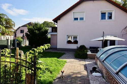 Wunderschönes Einfamilienhaus mit Garten + überdachtem Pool mit Gegenstromanlage, Garage, Weinkeller, Topzustand, sonnig, Nähe Bus zu U6-Floridsdorf!