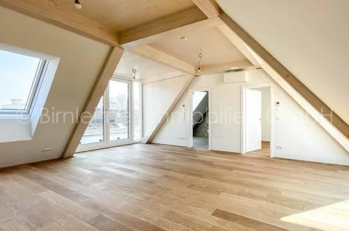 3828 - Dachgeschosswohnung mit schönem Blick