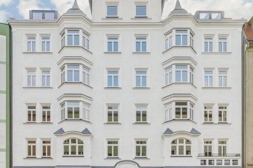 Neubauqualität trifft Altbauflair - 5-Zimmer Wohnung