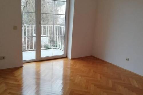 Barrierefreie 2 Zimmer-Wohnung nähe LKH mit Balkone und Parkplatz!