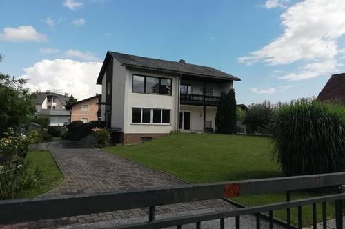 Sanierungsbedürftiges Zweifamilienhaus in bester Lage von Bärnbach!