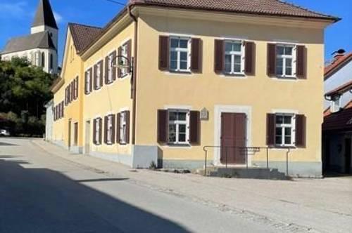 Mehrfamilienhaus mit 4 Wohnungen und einem Geschäftslokal in Pernegg an der Mur, ab sofort verfügbar!!!