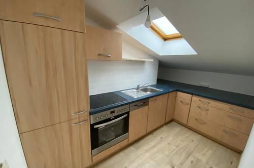 Anleger aufgepasst! Top renovierte 3 - Zimmer Wohnung in Gösting!