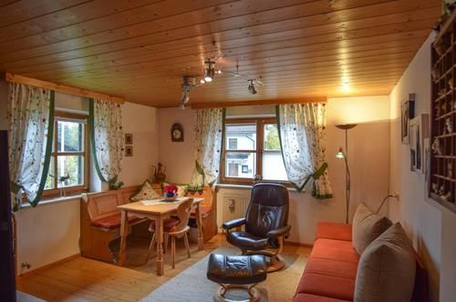 Gemütliche, teilmöblierte 2-Zimmer-Wohnung in sehr ruhiger Sonnenlage