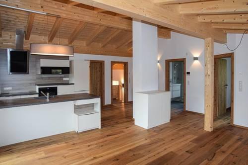 Erstbezug - Wunderschöne 3-Zimmer-DG-Wohnung im Dorfzentrum