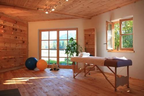Großzügige Praxisräume mit gutem Raumklima in sehr ruhiger Lage