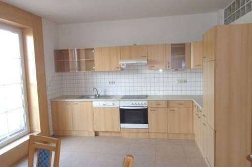 Gleinstätten: geräumige 3 Zimmer Wohnung mit Balkon - zentral