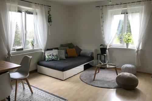 Bad Gams: Helle, gepflegte 2 Zimmer Wohnung in sonniger Waldrandlage