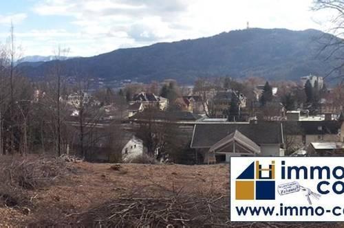 Pörtschach: Wunderschönes Grundstück mit Panoramablick über den See!