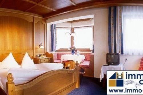 Zillertal - abseits vom Trubel und doch sehr zentral: Familiäres gemütliches Hotel,l, 1200 Gfl., in 2 Saisonenbetrieb in Tirol, sofortige Übernahme möglich