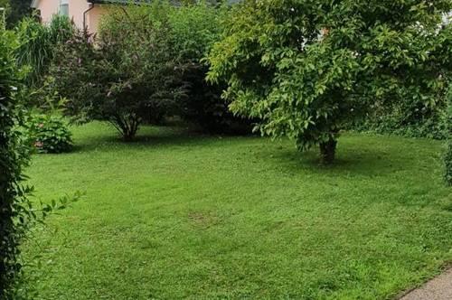 Mietwohnung mit eigenem Gartenanteil